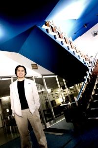 Column profile shot at MMC (2008)